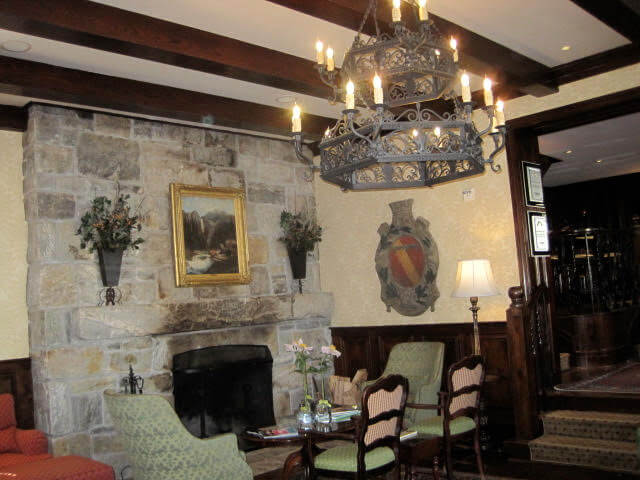 Lobby of the Old Edwards Inn
