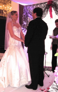 Couple exchange wedding vows at Chicago Hotel
